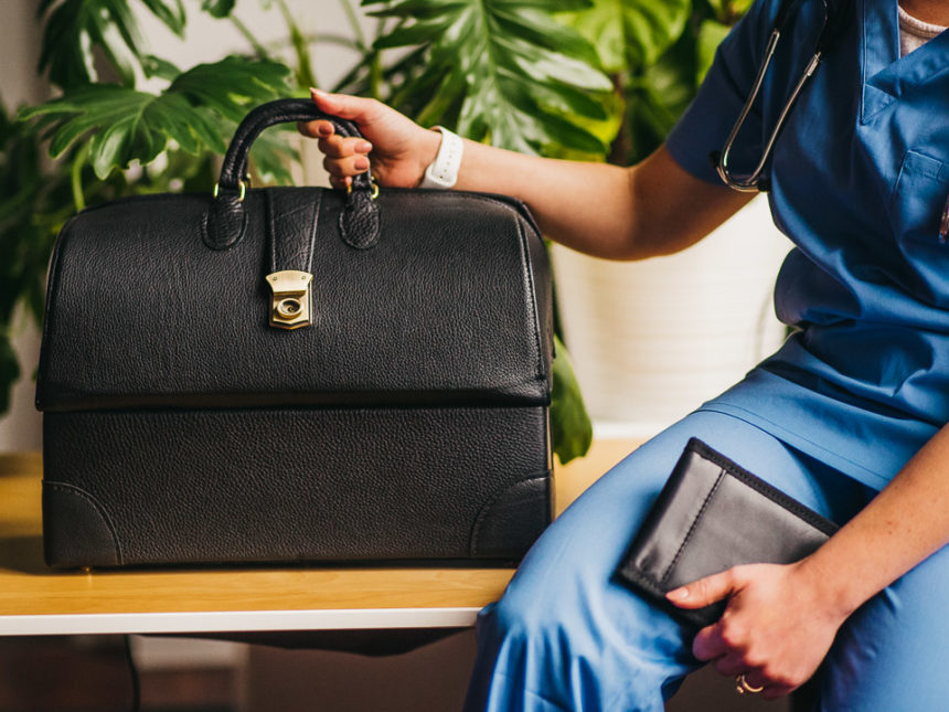 med-bag-w-compartments-script-bag-wallet